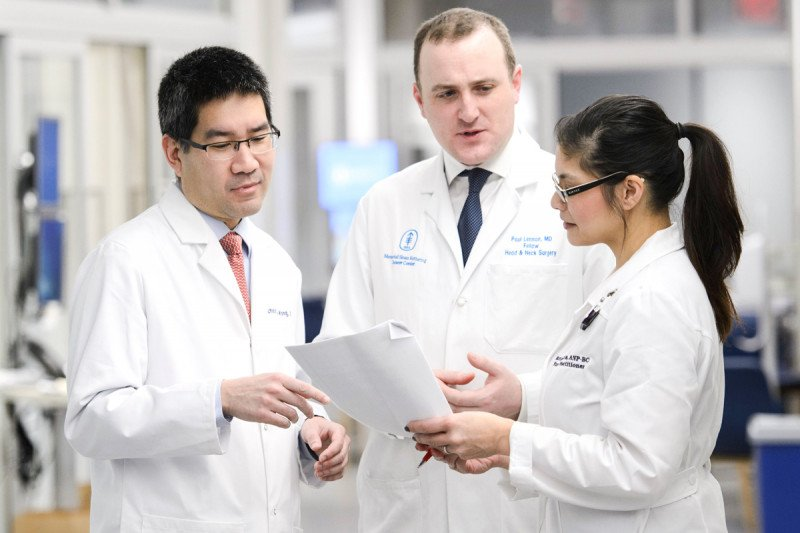 Head and Neck Cancer Surgeon, Richard Wong, leading a team of world-renowned Head and Neck Surgeons.