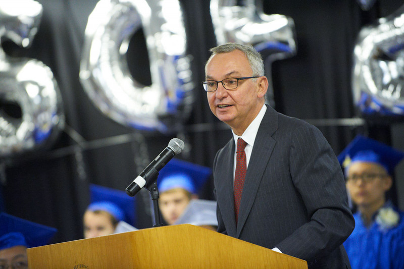 Memorial Hospital Physician-in-Chief José Baselga addresses the graduates, staff, families, and friends.