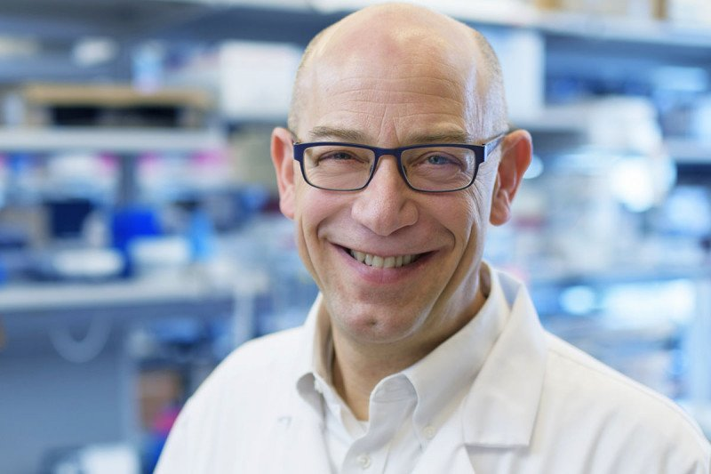 Physician-scientist Charles Rudin