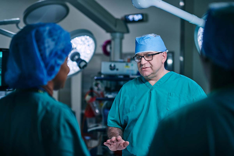 MSK thoracic surgeon Gaetano Rocco in the OR