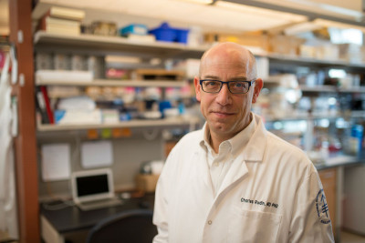 MSK Thoracic Oncology Service Chief Charles Rudin leads the NCI Small Cell Lung Cancer Consortium.