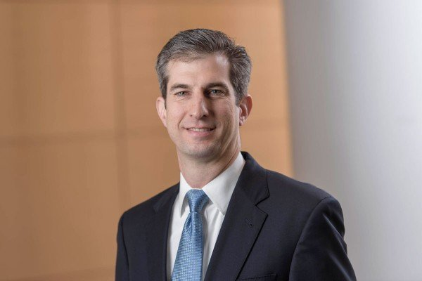 Thoracic surgical oncologist James Isbell