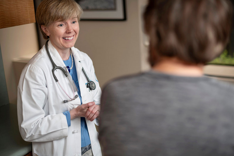 MSK medical oncologist Eileen O'Reilly with a patient