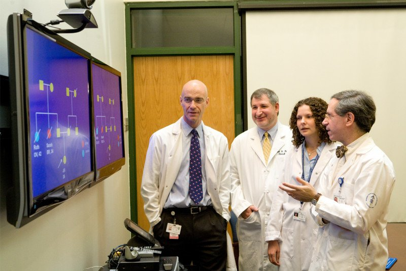 (Left to right) Medical oncologist Mark Robson, gynecologist Noah Kauff, medical oncologist Zsofia Stadler, and Clinical Genetics Service Chief Kenneth Offit are applying genetic insights to improve the care of cancer patients.